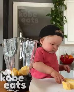 Funny Baby Memes, Cute Funny Baby Videos, Cute Funny Babies, Funny Videos For Kids, Cute Little Baby, Baby Kind, Baby Love, Cute Baby Pictures, Baby Photos