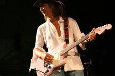 Charが仲井戸麗市、野村義男などと共演した一夜限りのライブ!|ギターニュース|ギターレーダー