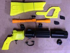 DIY 3D printed Boba Fett EE-3 1:1 scale blaster by AprilStormProps
