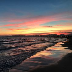 📍 Salou, Cataluna, Spain (Llevant beach)
