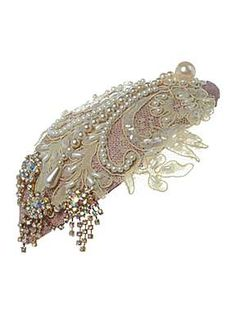 Pearl embellished tear drop headband #hercuriousnature #ascot #ladiesday