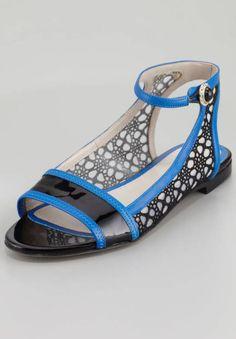 2e4b7197c60d65 Even your feet can get in on spring s lace trend (Jason Wu) Lace Flats