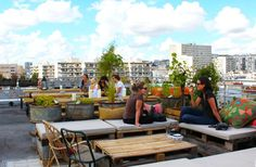 8 Best Roof Top Bars in Paris to Bring A Date