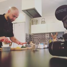 On tourne avec @chefshout et Anthony Courteille le chef de @matiere_a #galettedesrois  #foodvideo #parisianchef #instagood #foodstagram #homemade #chefslife #cheflife