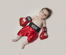 What do you want your kid to be? How about a boxer? #ambitions #careers #babies Click here for other occupations: http://www.rewards4mom.com/photos-of-baby-in-different-careers/
