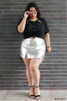 Forever 21 Plus Size Metallic Mini Skirt Plus Size Mini Skirts, Dress Plus Size, Plus Size Outfits, Thick Girl Fashion, Curvy Fashion, Plus Size Fashion, Female Fashion, Ladies Fashion, Women's Fashion