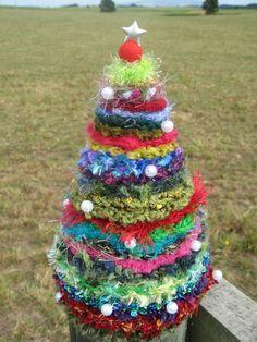 crocheted christmas tree 002