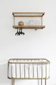 Children's room - Vintage Essem Classic rack and crib - Varpunen