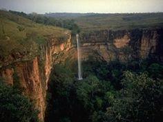 Cachoeira Véu de Noiva, Chapada dos Guimaraes, Brasil...
