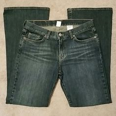 Lucky Brand Jeans Sweet N Low Fit, Flare Leg, Size 10, Great condition. No holes or stains. Lucky Brand Jeans Flare & Wide Leg