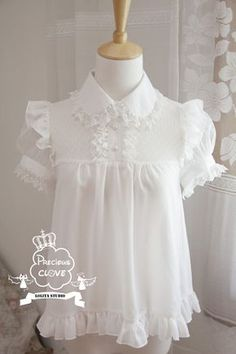 Precious Clove ***Singing in the rain*** Chiffon Lolita Blouse - Pre-order Closed Kawaii Fashion, Lolita Fashion, Cute Fashion, Vintage Fashion, Emo Fashion, Gothic Fashion, Style Lolita, Gothic Lolita, Gothic Girls