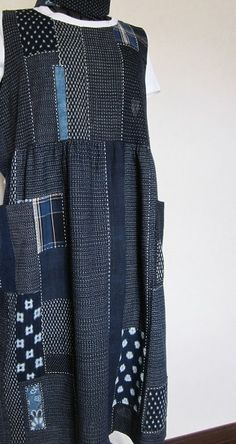 「にゃん」の針しごとの画像|エキサイトブログ (blog) Office Fashion Women, Womens Fashion, Boho Outfits, Fashion Outfits, Boro, Art Textile, Patchwork Dress, Kimono Dress, Jeans