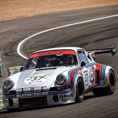 Such a beautiful piece of machinery. Love this 1974 Le Mans RSR Porsche. Those rear tires tho. Go big or go home. #Porsche #porscheLeMansRSR #lemans24h #carfanatic #racecar #martiniracing