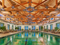 Ditch NYC for a getaway to Dorset, Vermont. Especially for Equinox spa's indoor pool.