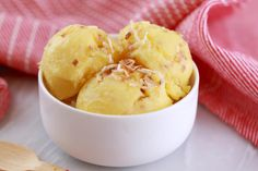 Pineapple and Coconut Frozen Yogurt in 5 Minutes (No Machine)