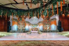 Hotel Wedding Receptions, Wedding Mandap, Wedding Set Up, Luxury Wedding, Wedding Ideas, Indian Wedding Video, Peach Wedding Invitations, Wedding Stage Decorations, Bollywood Wedding