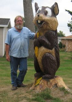 Chain Saw Artist Turns Tree Trunks into Treasures Chainsaw Carvings, Wood Carvings, Chain Saw Art, Copper Wood, Picture Tree, Tree Stumps, Tree Carving, Art Carved, Tree Trunks