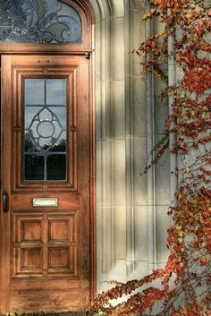 Autumn Doorway Inspired by Whiny Dancer Foto from TW Collins Life Is Beautiful, Beautiful Homes, Beautiful Places, Autumn Home, Autumn Style, Doorway, Interiores Design, Architecture Details, Windows Architecture