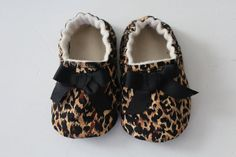 leopard+print+cotton+soft+sole+shoe+with+bow+detail+by+DottyRobin