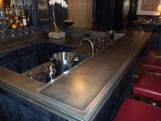 Custom counter with Lifestyle finish by Focal Metals