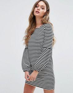 Boohoo vestido estilo camiseta a rayas con manga globo