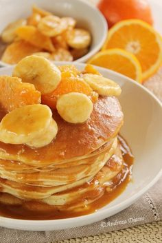 Pancakes with Fruit and Caramel Fruit Pancakes, Caramel, Food N, Cooking, Breakfast, Healthy, Drinks, Sweets, Sticky Toffee