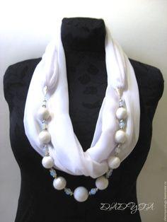 """Купить Шарф-бусы """"Лунный свет"""" - войлок и лунный камень - белый, лунный свет Scarf Necklace, Fabric Necklace, Scarf Jewelry, Fabric Jewelry, Diy Necklace, Beaded Jewelry, Handmade Jewelry, Scarf Knots, Diy Scarf"""