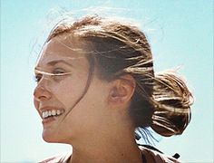 martha marcy may marlene: elizabeth olsen is breathtaking
