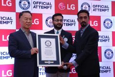 Another milestone for #LG with the longest line of sticky notes in Guinness World Record. #KarSalaam