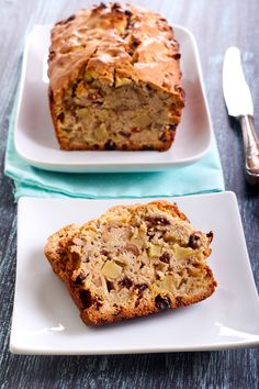5 SP Apple Nut Bread 12 Skinny Bread Recipes with Weight Watchers SmartPoints - Slenderberry
