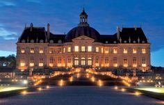 Vaux-le-Vicomte – Dinner and candlelit visit - Paris Tourist Office