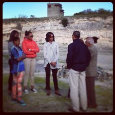 President Obama and First Lady Michelle Obama visit Robben Island with their daughters Black Presidents, American Presidents, First Black President, Human Rights Activists, Illinois State, Nobel Peace Prize, Nelson Mandela, Democratic Party, Michelle Obama