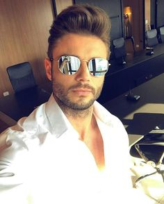 Hexagon Sunglasses, Mens Sunglasses, Eyewear, Sexy Men, Mens Fashion, Hair  Styles ce14e4f00b