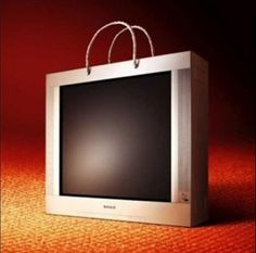 These 25 Creative Examples Of Bagvertising show just how creative advertising on bags can be! You won't believe some of these crazy advertisements! Shopping Bag Design, Tv Shopping, Shopping Bags, Guerilla Marketing Examples, Marketing Ideas, Creative Bag, Weird Pictures, Samsung, Creative Advertising