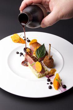 Duck with carrot, bulgur and Ras el Hanout Food Plating Techniques, Michelin Star Food, Ras El Hanout, Food Decoration, Culinary Arts, Food Design, Food Presentation, Gourmet Recipes, Food Art