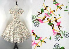 Vintage 50s Dress Party Full Skirt Shelf Bust Acrobats Bicycles Ladies in Tutus Metal Zipper.