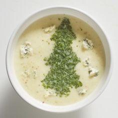 Soep van geroosterde bloemkool met blauwe kaas