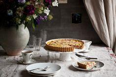 Kitchenette - Francouzský rebarborový koláč Gimme Some Sugar, Rhubarb Cake, Kitchenette, Food And Drink, Yummy Food, Favorite Recipes, Sweets, Meals, Baking