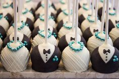 Items similar to One Dozen Bride and Groom Wedding Cake Pops - Made to Order on Etsy Wedding Cake Pops, Wedding Sweets, Wedding Cookies, Wedding Cake Toppers, Cake Pop Wedding Favours, Wedding Invitations, Wedding Gifts For Groom, Savoury Cake, Beautiful Cakes