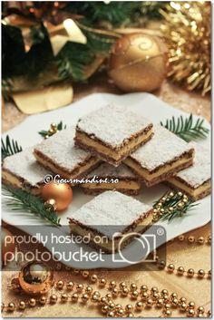 Prajitura Mimi Romanian Desserts, Tiramisu, Sweet Treats, Sweets, Cookies, Ethnic Recipes, House, Ideas, Food