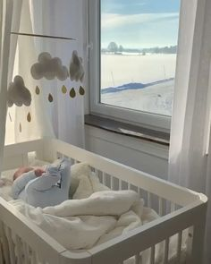 Lovely crib and baby