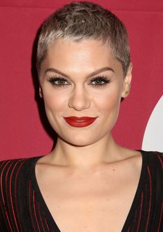 Jessie J Pixie Short Haircuts Regrow idea short short pixie Short Pixie Haircuts, Pixie Hairstyles, Short Hairstyles For Women, Short Hair Cuts, Short Hair Styles, Hairstyle Short, Pixie Styles, Hairstyles 2016, Superkurzer Pixie