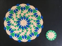 Mandala based on the first diamond-triangle nonperiodic tiling. (Original)