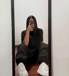 Black Pants, Selfie, Urban Swag, Beautiful Clothes, Black Slacks, Black Chinos, Black Trousers, Selfies