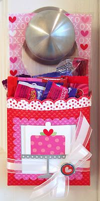 Valentine Door Hanger Treat Holders Tutorial. Great for your kiddies to find Valentine's morning before school!