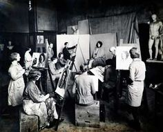 Art schools in history - Blog Unikness Painters Studio, Ecole Art, Art School, Blog, Artist Studios, Studio Ideas, Schools, Dragon, Victorian