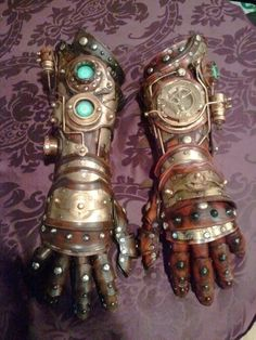 If you're designing steampunk attire, this photo could give you ideas. The site it came from isn't in English, but it does have a really neat feed. This will be a good reference for designing one of my future steampunk cosplays or prop variants.