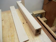 Besides the blade, the most important part on a table saw is the fence. If yours is beat up or you just want a new one, here's how you can build your own. Woodworking Jig Plans, Woodworking Projects Diy, Diy Projects, Diy Table Saw Fence, Make A Table, Wooden Fence, Fence Design, Wooden Tables, Blade