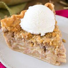 The Ultimate Creamy Potato Soup - Sugar Spun Run Apple Pie Recipes, Cookie Recipes, Dessert Recipes, Desserts, Pancake Recipes, Crepe Recipes, Pizza Recipes, Breakfast Recipes, Best Pecan Pie