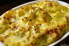 De lekkerste aardappelpuree uit de oven - Smeuïge puree met crème fraîche, bieslook en oude kaas